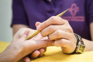 Handtherapie in der Praxis für Ergotherapie. Foto: SMMP/Bock